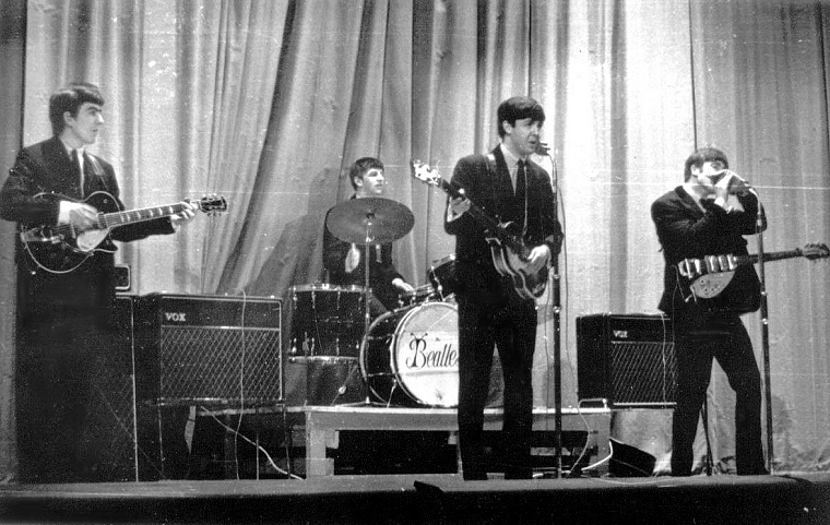 the beatles at stowe april 4th 1963 the guitar collection. Black Bedroom Furniture Sets. Home Design Ideas